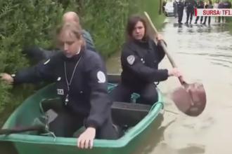 Misiunea dificila a trei politisti francezi, chemati sa ajute sinistratii. Ce s-a intamplat dupa ce s-au urcat intr-o barcuta