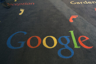 Google a depasit Apple si a devenit cel mai valoros brand din lume