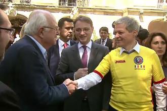 Dacian Ciolos va participa la meciul Romania - Franta, din deschiderea UEFA Euro 2016.