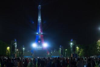 Romanii si francezii au urmarit la Paris meciul istoric de deschidere a Campionatului European: