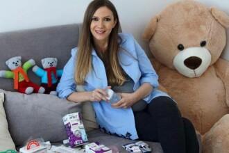 Adela Popescu a nascut un baietel care a primit nota 10. Primele reactii ale parintilor