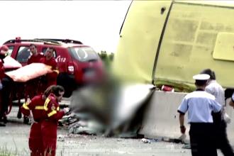 Primele semne de intrebare in cazul accidentului cu 4 morti si 26 de raniti. Patronul firmei de transport: