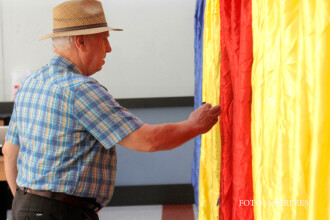 Singura localitate din Romania unde la alegerile locale se voteaza in 2 tururi. Oamenii au facut coada la urne