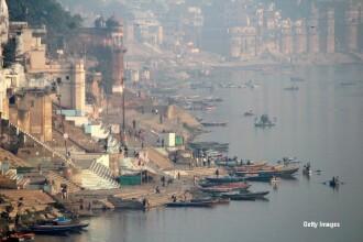 Tragedie pe Gange. 7 tineri au vrut sa-si faca un selfie in timp ce inotau in fluviu, dar nu isi imaginau ce va urma