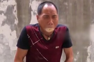 Trucul spectaculos pe care il face acest maestru kung fu: ce se intampla dupa ce isi pune rumegus in gura. VIDEO