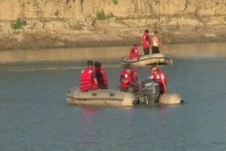 Doi tineri si un adolescent au murit, in mai putin de 24 de ore, inghititi de ape. Avertismentul pompierilor