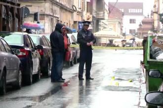 Interlopii au ajuns sa se razboiasca chiar in centrul Timisoarei. Un barbat a fost injunghiat cand iesea de la Parchet