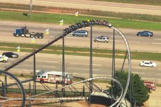 Momentul in care mai multi copii raman blocati intr-un montagne russe din Oklahoma. Cum au fost salvati