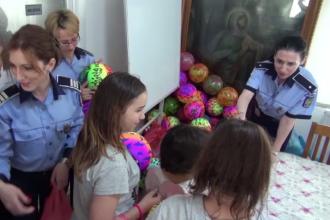 Bucurie nepretuita pentru sapte copii nevoiasi din Bacau, care au primit cadouri de 1 iunie