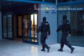 Polițiștii au descins la locuințele unor persoane suspectate de braconaj arheologic