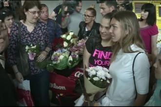 Simona Halep, primire calduroasa in Romania. Declaratii emotionante pe aeroport: