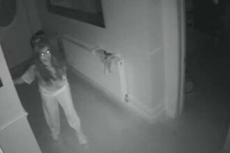 Clipe de groaza pentru o mama a carei casa a cazut prada hotilor, in timp ce fiul ei era acasa.