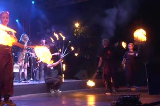 Domnitele, cavalerii, artistii si insusi Dracula au animat Cetatea Targovistei, la Festivalul Medieval