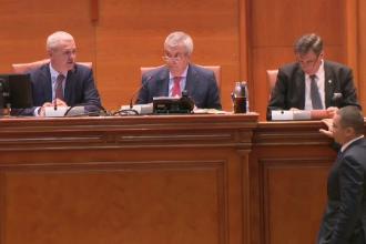 Momente inedite la dezbaterea si votarea motiunii de cenzura. Dragnea, catre Ponta: