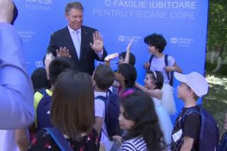 """Klaus Iohannis, în vizită la Asociația SOS Satele Copiilor. """"Aţi reuşit să schimbaţi destine"""""""