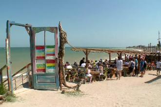 50.000 de turiști au umplut litoralul în minivacanţa de 1 iunie