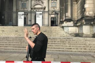 Focuri de armă în Catedrala din Berlin. Un bărbat a fost împușcat de poliție