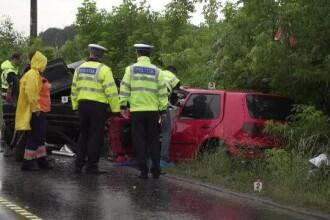 Accident cu 3 morți, produs pe ploaie. Nicio victimă nu a respectat o regulă elementară