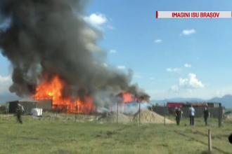 Incendiu devastator în Brașov, la un atelier de dezmembrări auto