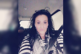 Femeia moartă în arestul Poliției Capitalei avea mai multe afecțiuni, dar nu a fost dusă la spital