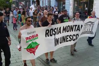 """Proteste în Capitală și la Cluj pentru Roșia Montană. """"Statul român îşi sabotează propria ţară"""""""