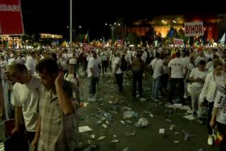 Ce a răspuns Dragnea când a fost întrebat de ce participanţii la miting nu strâng gunoiul