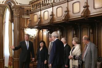 Klaus Iohannis se întâlneşte miercuri cu delegaţia Comisiei de la Veneţia