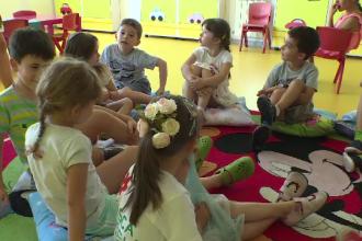Cât trebuie să plătească părinții care vor să-și dea copiii la grădinițe private pe timp de vară
