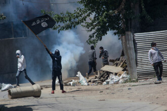 Jihadişti occidentali ar fi fost eliberaţi în Siria în cadrul unor schimburi secrete de prizonieri