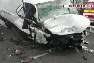 Imagini surprinse de o cameră de bord cu accidentul cutremurător de pe A1, soldat cu 4 morți. VIDEO