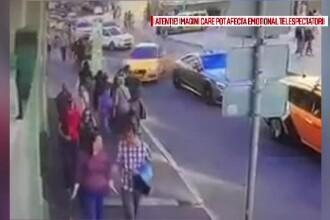 O femeie, în stare gravă după incidentul cu taximetristul care a intrat în mulțime