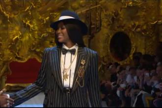 Săptămâna modei de la Milano. Naomi Campbell și Monica Belluci au îmbrăcat ținute masculine