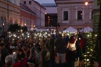 Mii de oameni au ieșit pe străzi, în marile orașe: