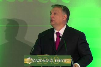 Cetățenii ungari care îi ajută pe migranți riscă un an de închisoare. Legea controversată adoptată de Parlament