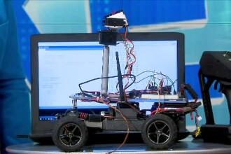 iLikeIT. Un băiat de 14 ani din România lucrează la maşina viitorului