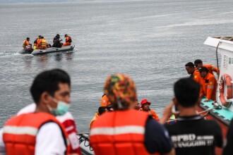 Aproape 200 de morţi, după scufundarea unui feribot pe un lac din Indonezia