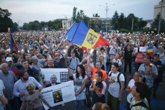 Mii de oameni au protestat în București și în țară. Manifestanții au cerut demisia lui Liviu Dragnea