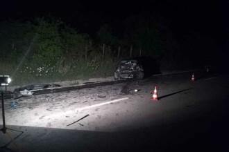 Accident grav în Vâlcea. 2 morți, printre care un fost politician, și 3 răniți
