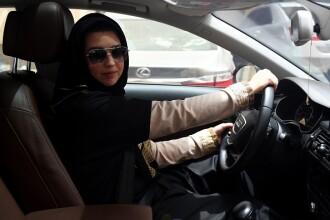 Zi istorică pentru femeile saudite. Interdicţia de a conduce o maşină a fost ridicată