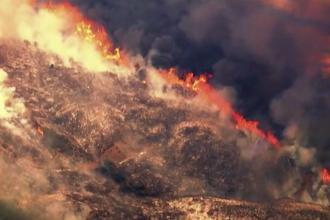 Aproape 3100 de hectare de vegetație, pârjolite de un incendiu puternic. 3000 de oameni, evacuați