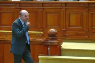 """Traian Băsescu, ironic cu privire la măsurile PSD: """"Să vină Caragiale, să plece guvernul!"""""""