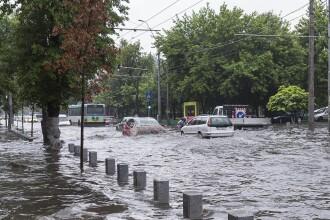 Hidrologii au emis un nou cod ROȘU de inundații, în mai multe județe