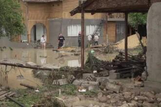 Tragedie provocată de viitură în Prahova. O femeie și-a pierdut 4 copii deodată