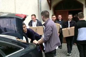 Sute de voluntari s-au implicat în organizarea vizitei Papei Francisc
