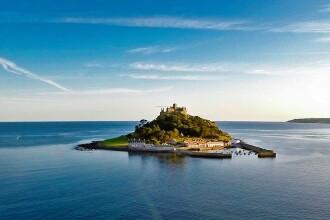 Jobul care-ți permite să te muți într-un castel aflat pe o insulă britanică