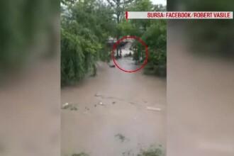 Tragedia din Prahova. Momentul în care mama și cei 4 copii ai ei au fost luați de ape