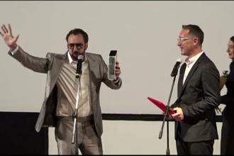 Premiat cu Oscar, Nicolas Cage e mai încântat de trofeul primit la Cluj. Reacția sa