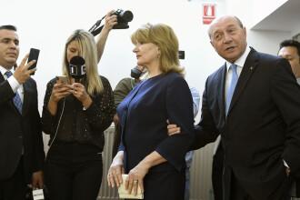 Băsescu: Nu există un angajament semnat de mine cu fosta Securitate