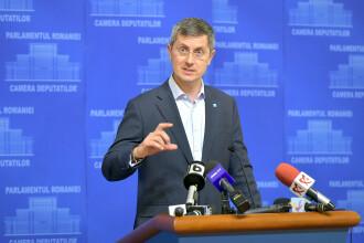 """Barna, după decizia CCR: """"Sunt vârful de lance al penalilor din politica românească"""""""