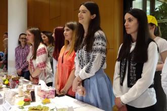 Firmele din industria alimentară angajează chiar și studenți în primul an. Beneficiile oferite